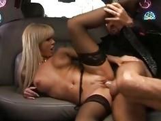Duble Decker sex  in a Limousine
