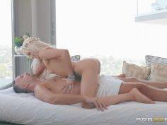 Hippie Ending Massage
