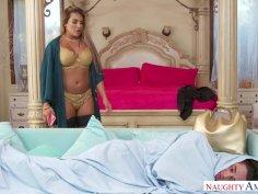 Divorce-Bound MILF Mercedes Carrera Finds Big-Dick Refuge