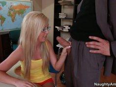 Delicious blonde hooker Callie Cobra gives nice sloppy blowjob