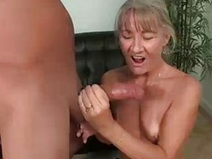 Babe Gets Startled By The Huge Cumshot This Guy Sh