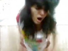 Hot Persian chick and her boyfriend make a home video